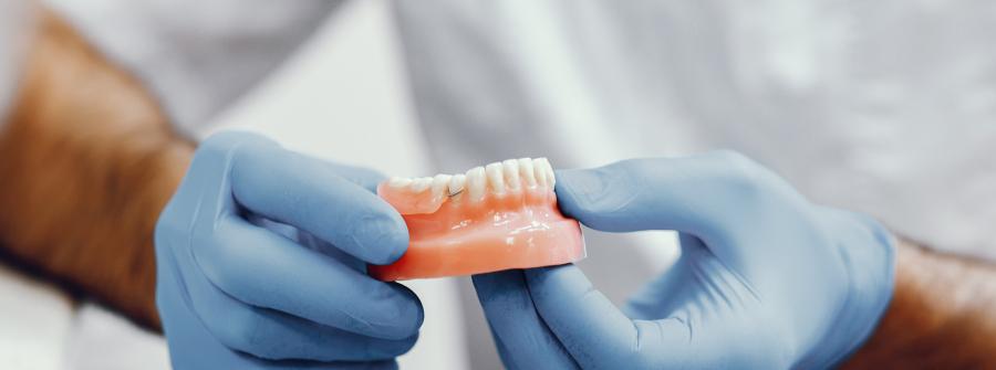 Протезирование зубов, Запорожье